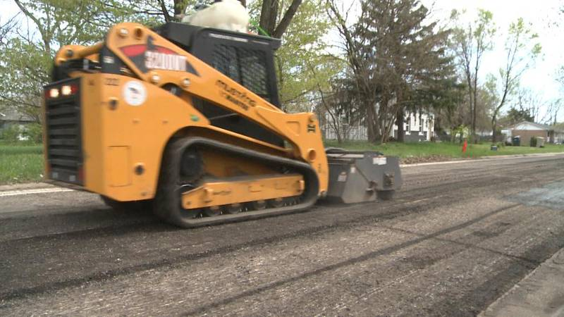 South Bend kicks off the 3-year  'Rebuilding Our Streets' plan.