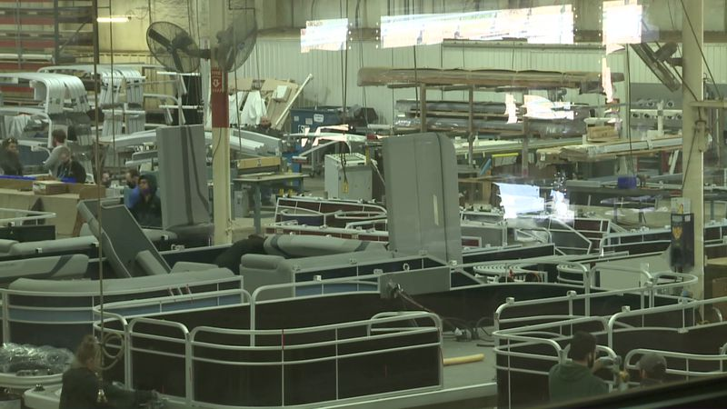 Boat maker Bennington today announced plans to expand immediately.