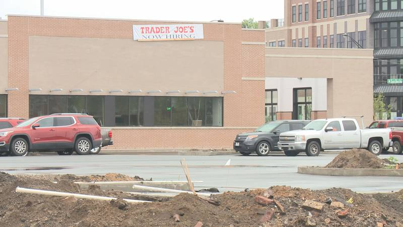 A new Trader Joe's grocery store is expected to open this fall on Howard Street in South Bend.