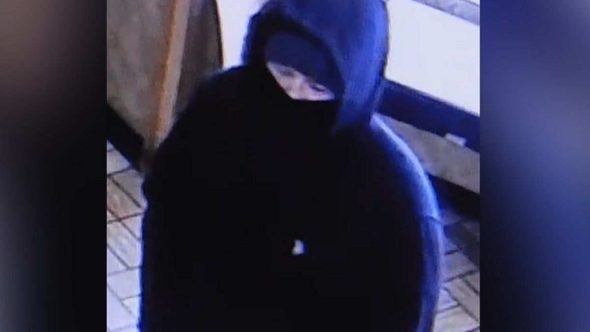 Mishawaka police are asking for help identifying the man who robbed a Subway restaurant at...