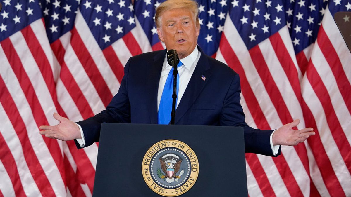President Trump hosts news conference in the early morning hours of Wednesday