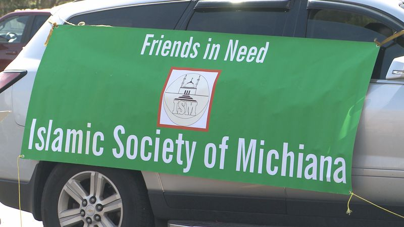 The Islamic Society of Michiana hosted a mobile food distribution for people in the community.