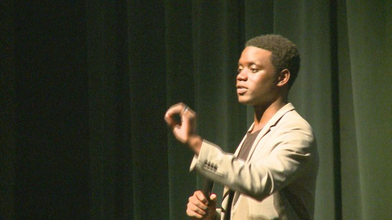 Chris Singleton speaks to students at Warsaw High School