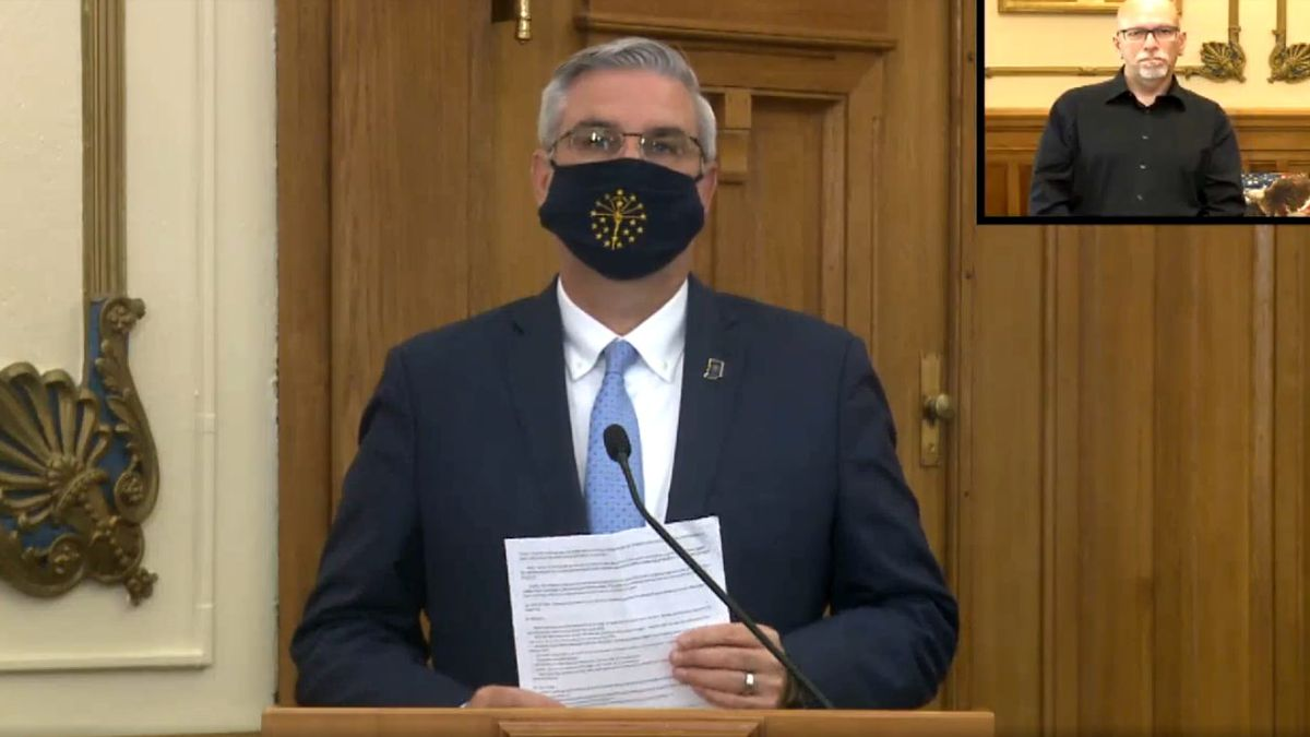 Holcomb issues mask mandate