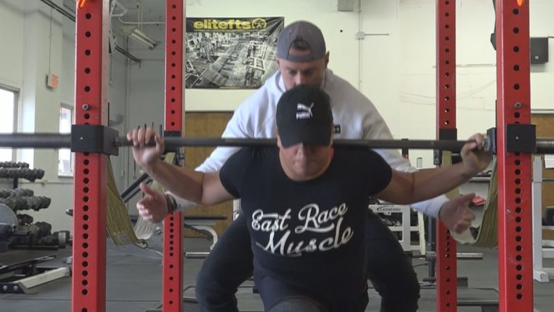EXCLUSIVE: Elkhart woman overcomes injury and becomes a powerlifter