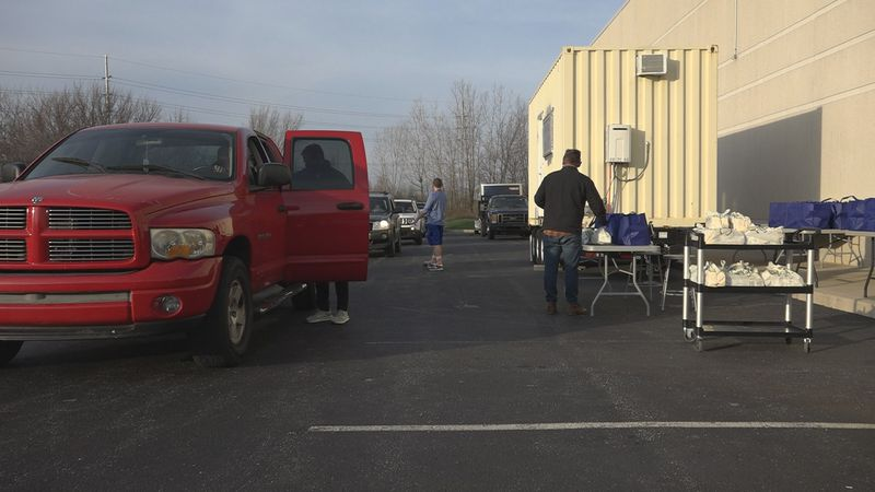 Career and Success Academy distributes hundreds of Thanksgiving meals