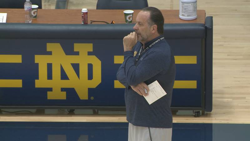 Mike Brey surveys the gym during a summer workout on July 20, 2021.