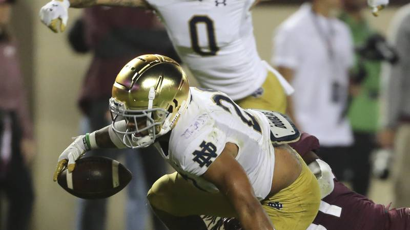 Notre Dame running back Kyren Williams (23) scores a touchdown during the second half of an...