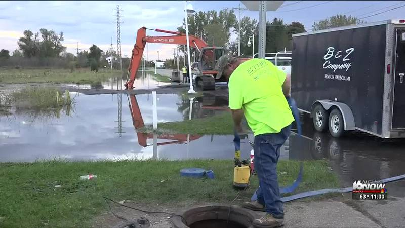 A water main break in Benton Harbor leaves many in the city without water.